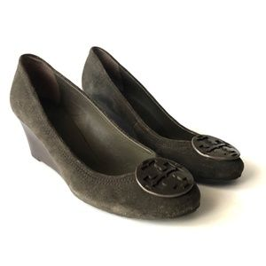 Tory Burch Sally Suede Leather Logo Gray Wedge 9